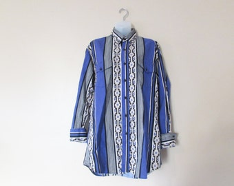Vintage 70s  80s Karman Tribal Print Button Up Shirt // Size M