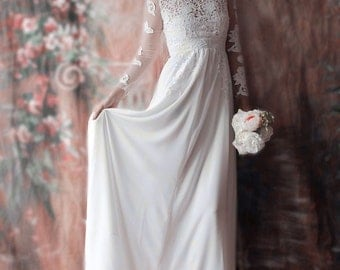 Affordable Fitted Long-sleeved Lace Bridal Wedding Dress with Lace Sleeves. Light and Comfortable