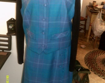 Womans Vintage Wool Kilt Wrap Skirt and Vest, size 14 to 16, Made in Canada by Aljean, Pleated Skirt Set 14