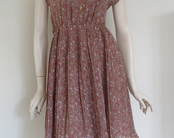 Cute 70's 80's Vintage Up-Cycled Pleated Mini Dress / Floral / Retro Print / Medium Large / Summer