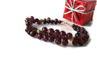 Garnet bracelet Beaded bracelet Statement red bracelet Dark red garnet January birthstone bracelet Red gold bracelet Wife anniversary gift
