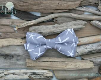 Child Boys Grey Starfish Bow Tie, Toddler Bow Tie, Boys Bow Tie, Nautical Bow Tie, Kids Bow Tie, Children's Bow Tie, Newborn Baby Bow Tie