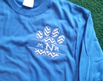 Long or short sleeve with Paw print