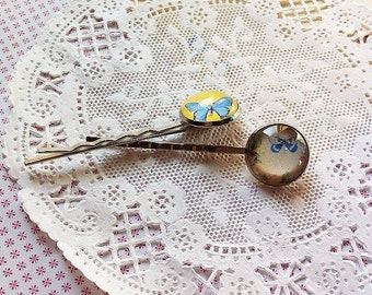 Set of two beautiful Bobby Pins with Handmade Glass Cabochon, Hair Accessories, Hair Pins, Glass Cabochon Bobby Pins