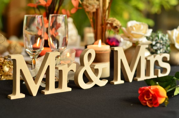 Mr And Mrs Large Wooden Letters: Wedding Sign Mr & Mrs Wedding Decor Freestanding Wooden