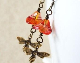Bee Earrings, Bee Jewelry, Honey Bee Earrings, Flower Earrings , Czech Glass Earrings, Orange Earrings , Honey Bee Jewelry, Gift for her