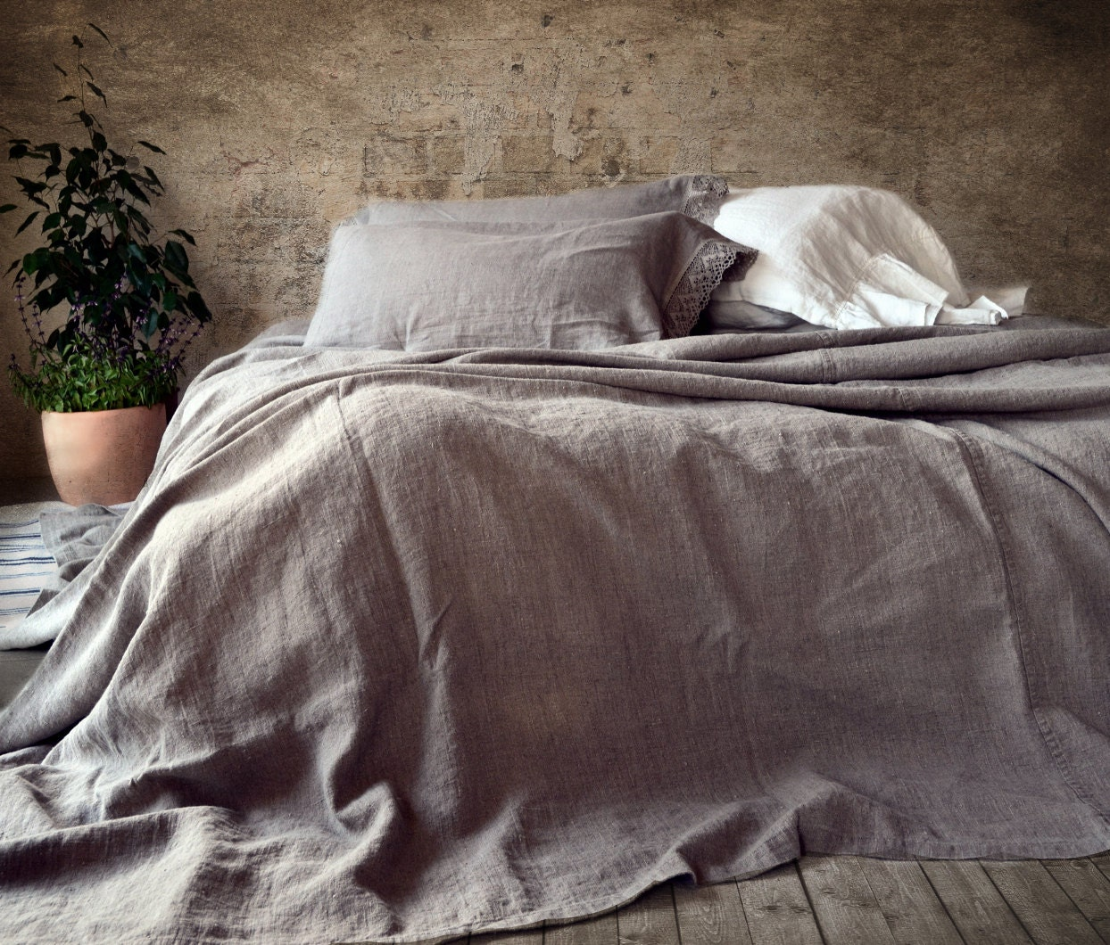 Rustic Rough Heavy Weight Stonewashed Linen Bed Cover