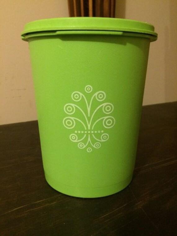 8 cup vintage apple green tupperware canister. Black Bedroom Furniture Sets. Home Design Ideas