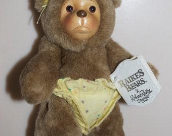 Robert Raikes Bear Signed Nursery Miniatures Lisa Marie High Chair Yellow Diaper Teddy Wood 1990 Applause