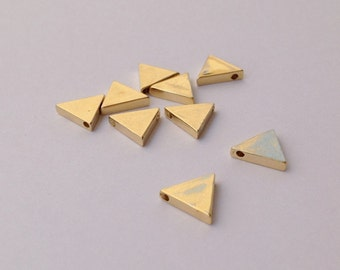 Triangle pendant , triangle necklace, gold necklace, geometric triangle necklace,Ovary, necklace,brass triangle 2pc