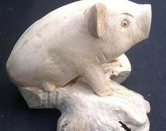 PIG Beautiful Hand Carved Wood Pig FREE UK p&p