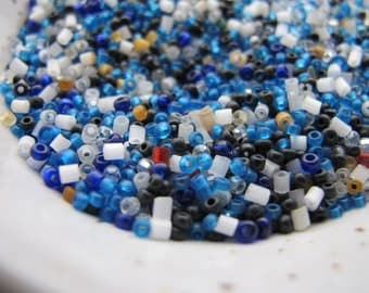 White Black Blue Seed Bead Mix 11 10/0 Seed Bead Mixed Tubes Bugles Rocaille Clear Opaque Glass Jewelry Bead Assorted Tiny Seed Bead
