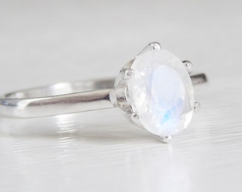 1.15 ct Natural Rainbow Moonstone Ring in 0.925 Sterling Silver or 14k Gold