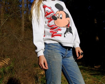 Vintage Mickey Mouse sweatshirt, White Thumbs Up Mickey Mouse Top, Disney Sweatshirt, Mickey Sweater, Retro Disney Shirt, Small Medium