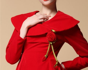 Wide Capelet Collar New Year Party Venetian Red Velvet Dress with Handmade Rose Long Sleeve Christmas Red Winter Ceremony Formal Full Dress
