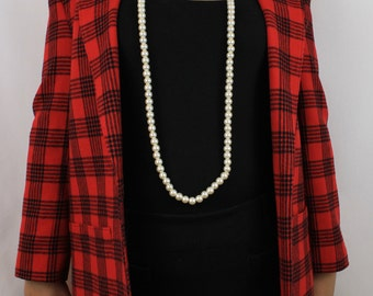 Pendleton Red and black plaid blazer front pockets Size 8
