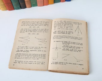75 old Italian books pages  (1940s) - Perfect background for collage, scrapbooking, etc - vintage