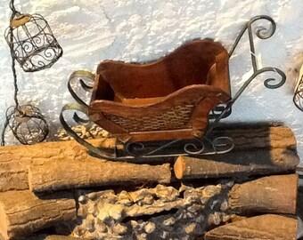 Vintage challenger wood sled