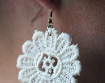 White lace earrings