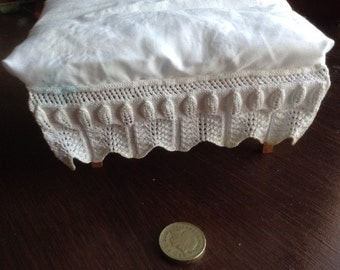 Dolls house mattress and valance for double bed
