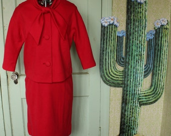 Vintage Krest Originals 2-Piece Skirt Suit With Ascot Bow - 1960's - Size 6 / Medium