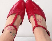 Vintage 60s 1960s Mod Red Leather Shoes Mary Jane T Bar Present Party Size 4 37 Womans Clothing