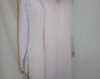 Vintage kaftan pale lilac kaftan style beaded tunic top size medium