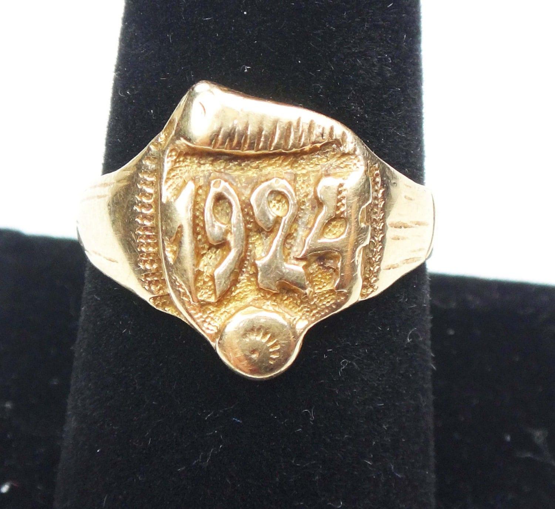 Vintage Class Ring 14k Gold School Ring 14k Gold Ring