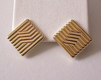 Monet Square Column Pierced Earrings Gold Tone Vintage Ribbed Slant Line Accent Discs Buttons