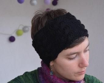 Elegant onyx headband with braid
