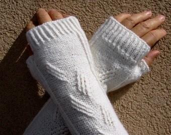 Hand Knit Fingerless Gloves, White Knit Arm Warmers , Women's Wrist Warmers