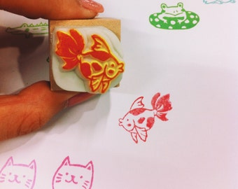 Little goldfish hand carved rubber stamp.goldfish rubber stamp.goldfish stamp.aquarium.fish stamp.fish tank