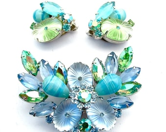 Wow Art Glass Vintage Aqua Turquoise Sky Blue Pale Mint Green Wings Spray Rhinestone Jewelry Set Brooch Earrings Gifts for Her Women