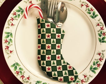 Christmas Dinner Party Place Setting Checkerboard Square Dk Green  Utensil Holder - Set of 4