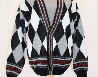 1990s Men's ARgyle Cardigan Sweater Black, White, Gray Large Vintage Retrom 90s Preppy Grandpa Ugly Acrylc Wool diamonds