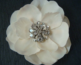Ivory Champagne flower with stunning vintage style rhinestones / ivory hair flower / champagne flower clip / vintage wedding flower clip