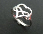 Bdsm Polyamory Heart Infinity Ring - Silver Love Infinity Knot Ring - Polyamory Jewelry - Polyamory Ring - Ddlg, bbc, Master and Slave