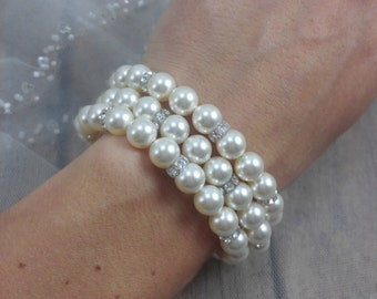 Three Strand Pearl Bracelet, Bridal Bracelet, Swarovski Bracelet, Pearl Crystal Bracelet, Pearl Bride Bracelet, Wedding Bracelet for Brides