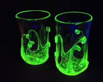 Clear and Vaseline pint tumbler