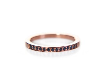 Rose gold black diamond eternity ring, 14k gold delicate thin pave band, anniversary stacking ring, modern wedding band