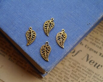 30 pcs Antique Gold Leaf Charms 18mm (GC2397)