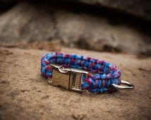 Paracord Dog Collar - Red, Light Blue, & Dark Blue Pattern (Single Cobra Weave)