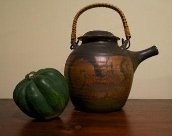 SDW Stoneware Designs West Teapot & Lid