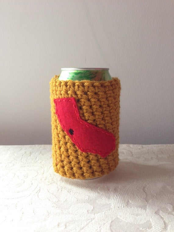 Crochet Patterns For Koozies : San Francisco 49ers Crochet Beer Coozie Bottle Coozie by ...