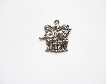 SALE - 6 - Three Amigos Charms in Silver Tone - C2049