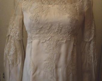 Vintage Wedding Gown, Bridal Gown, Silk, Lace, Silk Organza, Silk Satin, Peau de Soie, Alecon Lace, Princess Dreams, Fairytale Dreams