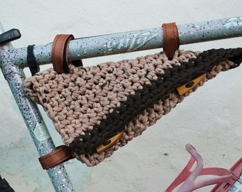 Crochet saddlebags for bicycle. Bike panniers. Broun.