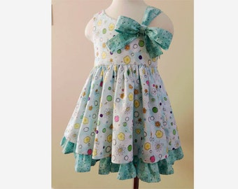 Cutie- Bow dress PDF sewing pattern and tutorial, Sizes 3- 8 girls, instant download
