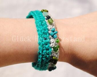 Crochet bracelet, crocheted bracelet, wollen jewellery Fantasia