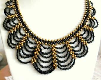 Elegant black and bronze necklace